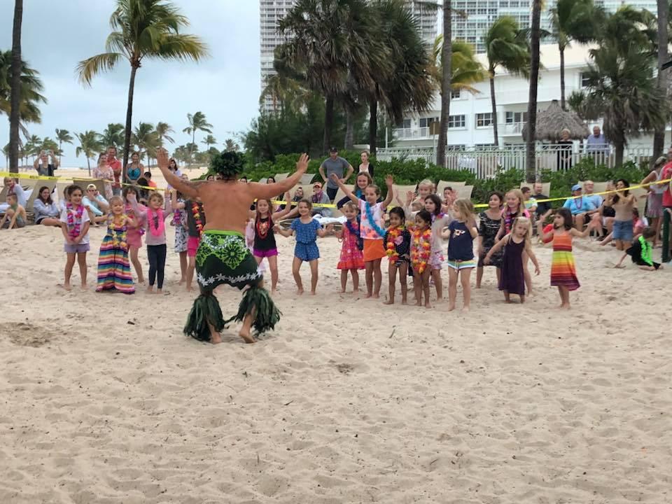 tahitian dancers hula lua dancers