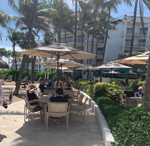 patio dining outdoor lago mar resort fort lauderdale