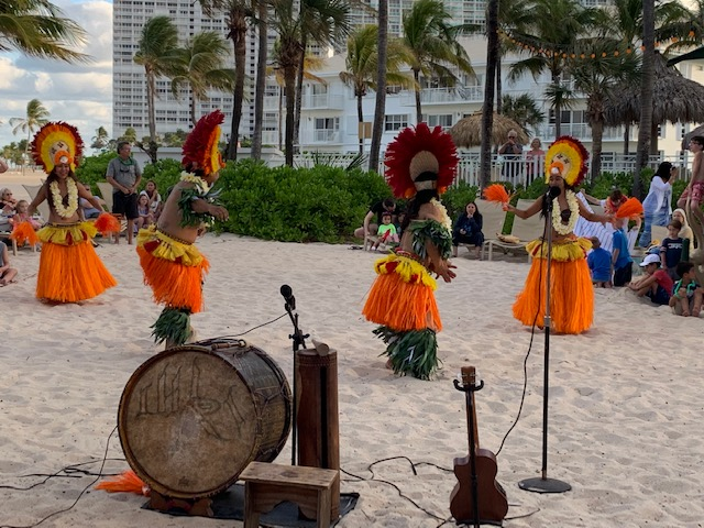 tahitian dancers hula dancers on the beach lago mar fort lauderdale
