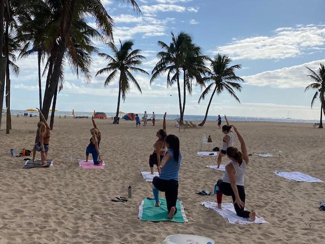 thanksgiving 2020 yoga on the beach fort lauderdale lago mar